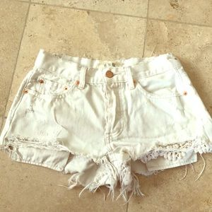 Free people white jean shorts size 26